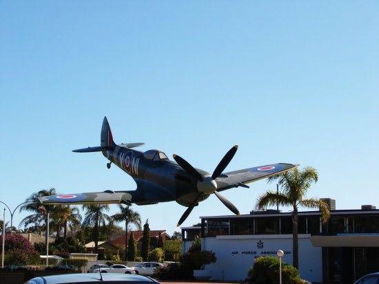 Aircraftfriday spitfire air craft plane replica perth littleollie