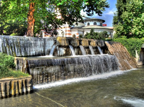 water cascade fountain hdr photomatix pleven Bulgaria park summer