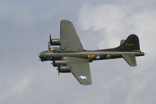 B17 Flying Fortress Sally B Boeing Fort Bomber Aircraft