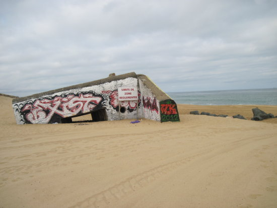 Atlantic Ocean France Ondres Plage Fortification Grafiti