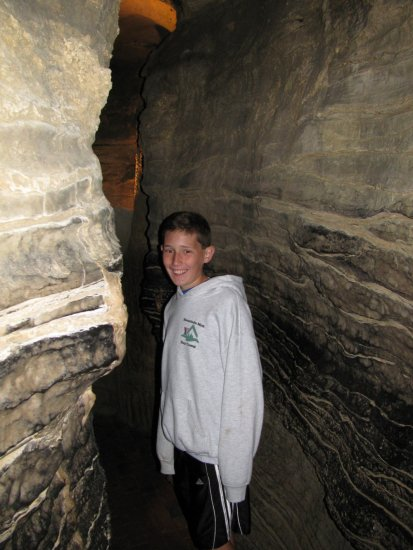 In the Winding Way of  Howe Cavern