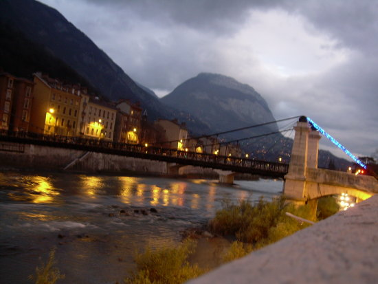 grenoble france bridge
