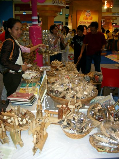 exhibition bangkok thailand poulets handicraft