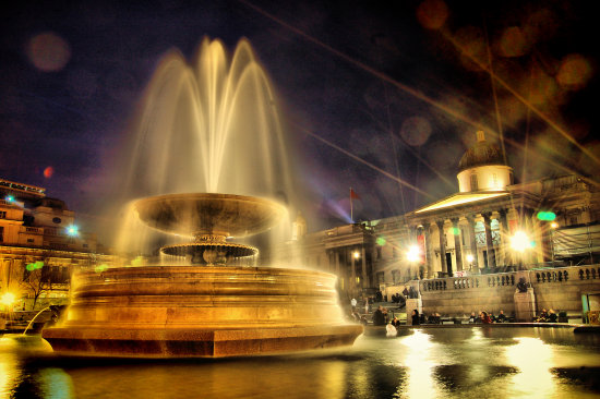 Fountain Trafalgar Square London UK dotGALLERY