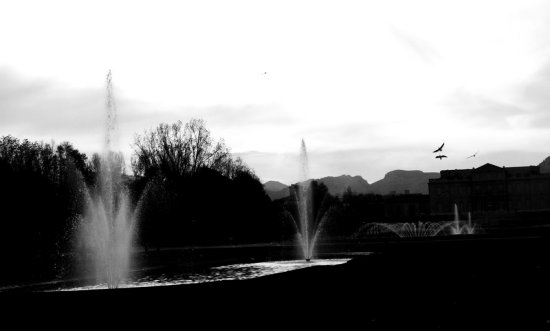 blackandwhite fountains landscape