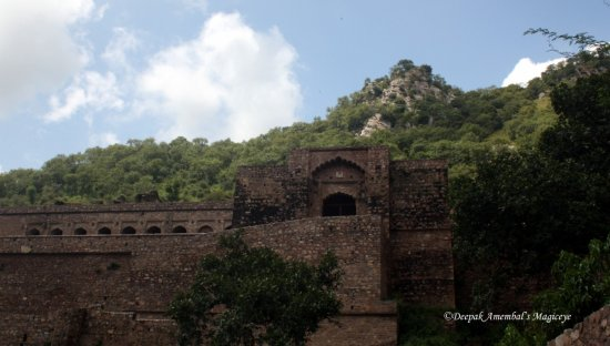 bhangarh fort rajasthan india haunted