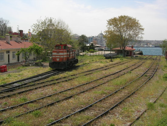 switch tcdd istanbul sirkeci turkey railway train
