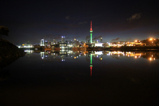 reflectionthursday auckland sky tower skytower dawn