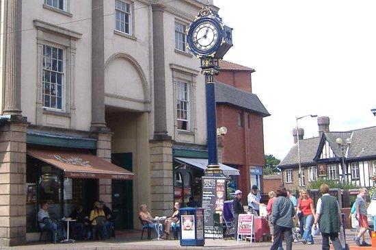 clockfriday clock Stourbridge