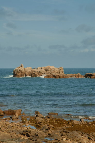 guernsey coast rocks