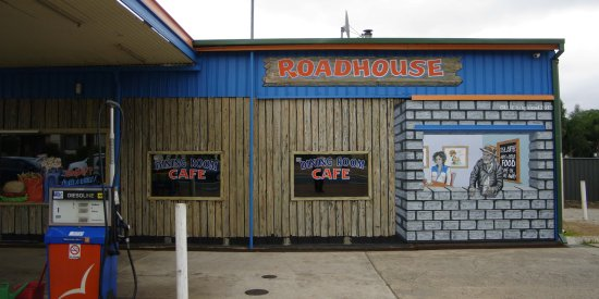 roadhouse lunch character window Dwellingup Hotham Valley littleollie