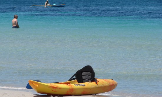 beach rest wait kayak Wikiki western Australia littleollie