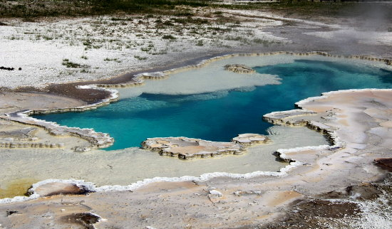 yellowstone sulfa pools