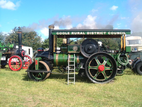tractor traction engine country fair