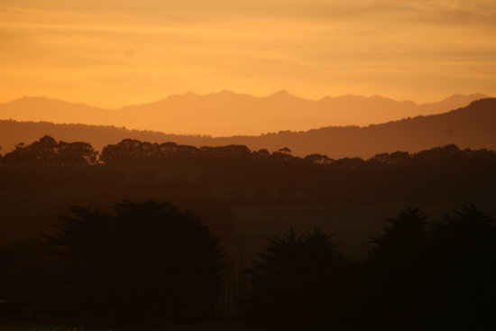The last week or 3 have been great for sun sets in my area.... had some lovely ones!