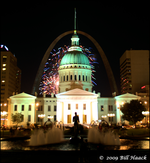 stlouis missouri us architecture night Arch courthouse firework 080109 2009