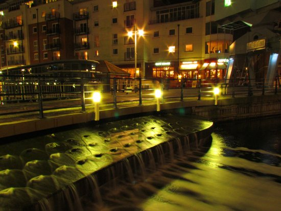 portsmouth waterfall