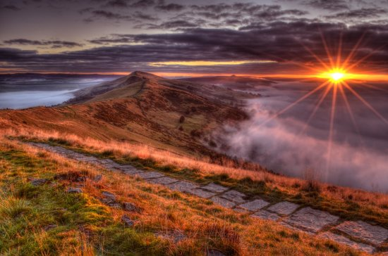 Peak District Derbyshire Mist Great Ridge Sunrise