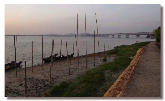 myanmar burma mawlamyine river bridge view burmx mawlx riveb bridb viewb