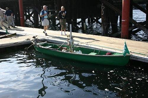have to share this...ever seen a steam powered canoe?  this is it, the hot rod of canoes!