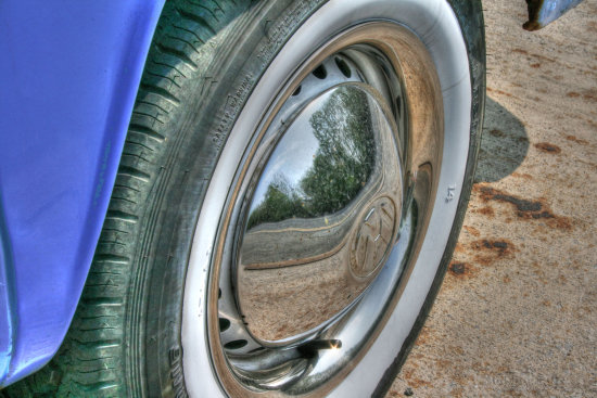 reflectionthursday car wheel
