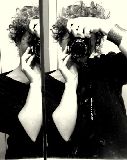 BW Portrait reflection mirrors