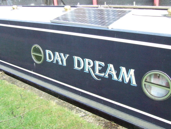 day dream narrowboat