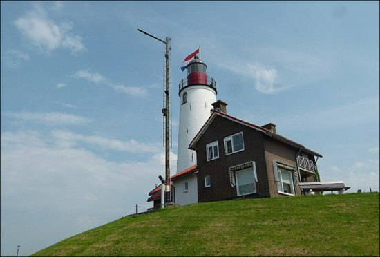 urk holland lighthouse