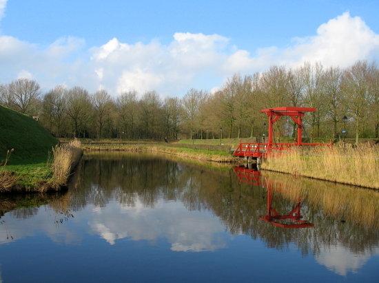 bourtange reflectionthursday bridge oostgroningen westerwolde