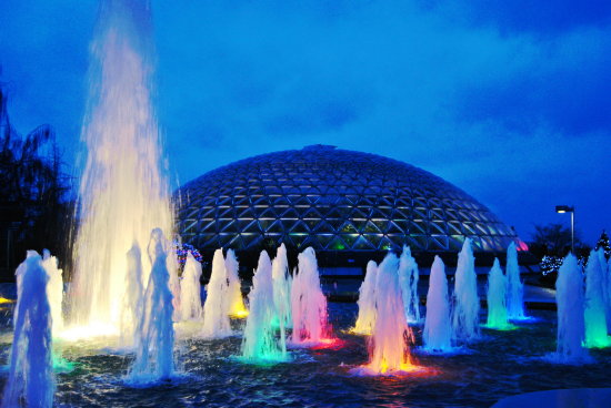 bloedel conservatory fountain vancouver bc canada