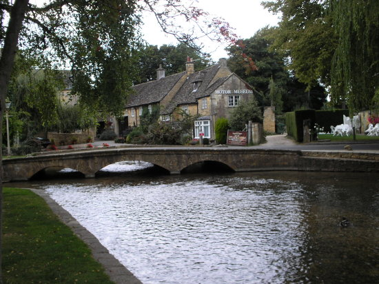 cotswolds bourtononwater thames video streaming business finance communications