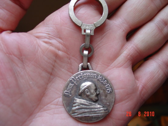 if you like dom perignon here is keychain for you