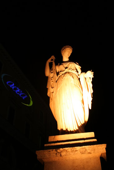 nightshot Rome sculpture entertainment litz