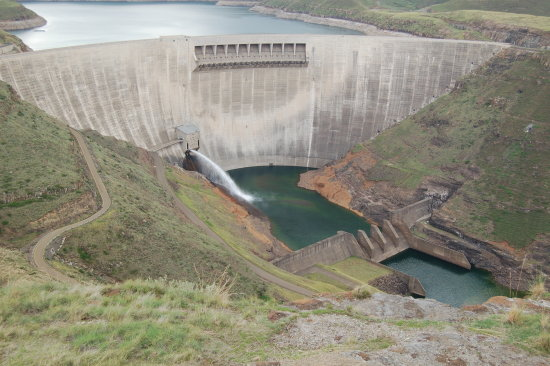 dam structure water