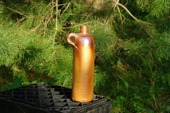 In such bottles- earthenware jugs - they selled mineral water many hundred years long until  abou...