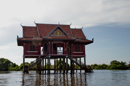temple TombRaider IndianaJones Cambodia TonleSap Lake Village
