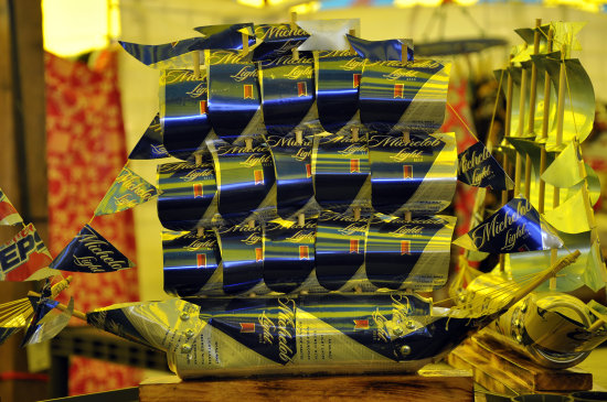 upstate newyork road lafayette apple festival ship cans