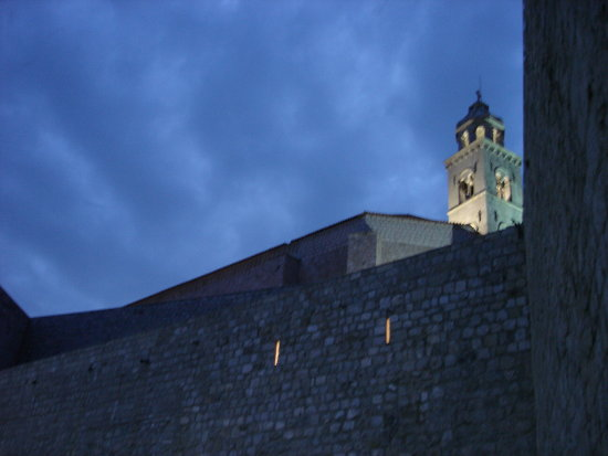 dubrovnik kroatia blue evening night