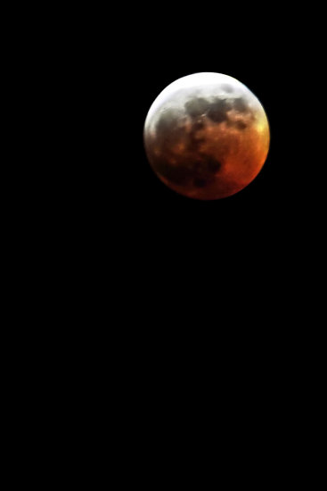 For anyone who might not have noticed, there was a total lunar eclipse yesterday night, and as ce...