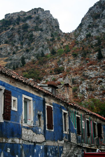 architrcure blue house kotor montenegro