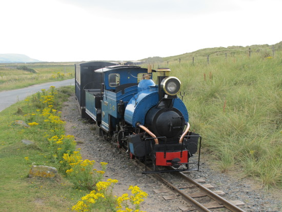 4. How to unwind...   One) wave to a miniature steam train....