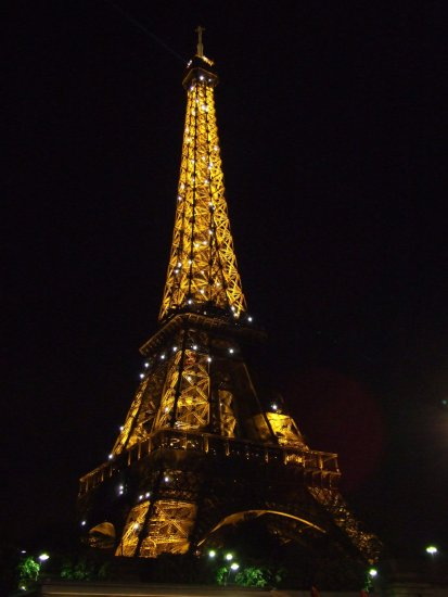 towerfriday paris eiffel tower night