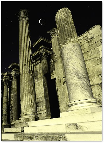ancient columns in Athens