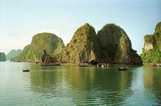 vietnam halong boat water view vietx halox watev boatv viewv