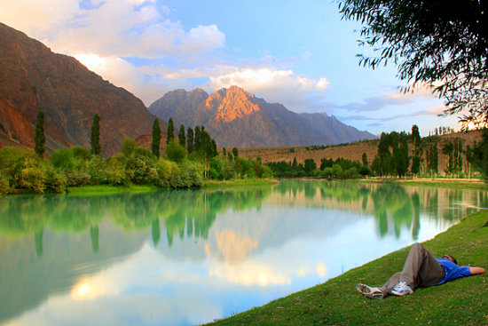 nwfp pakistan lake river water relax selfportrait