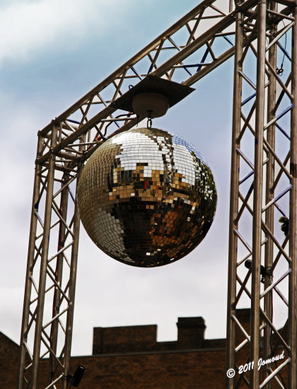 reflectionthursday reflections mirrorball