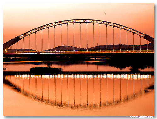 merida espanha spain bridge river guadiana santiago calatrava