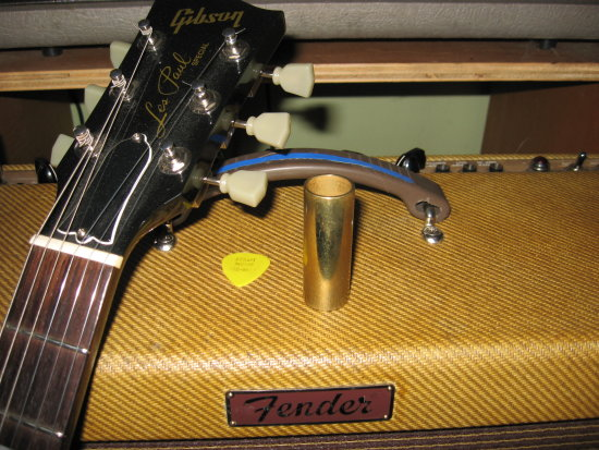 Guitar old fender gibson