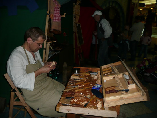 carving workshop Prague Bohemia