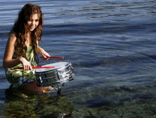Me drumming in the ocean, I love this pic :)